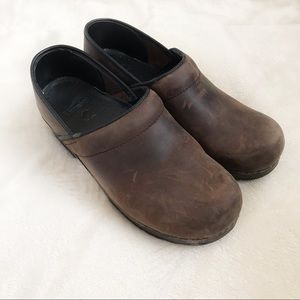 DANSKO Brown Clogs Size 9